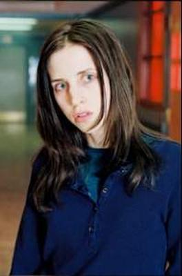 emily perkins height